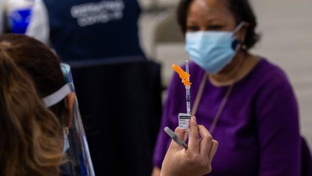 Mehr als 50 Millionen Amerikaner haben Erstimpfung erhalten