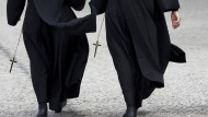 Zwei amerikanische Nonnen leiten �ber zehn Jahre lang 500.000 Dollar um �