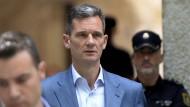 Das Urteil steht: Iñaki Urdangarin, Schwager des spanischen Königs, verlässt das Gerichtsgebäude