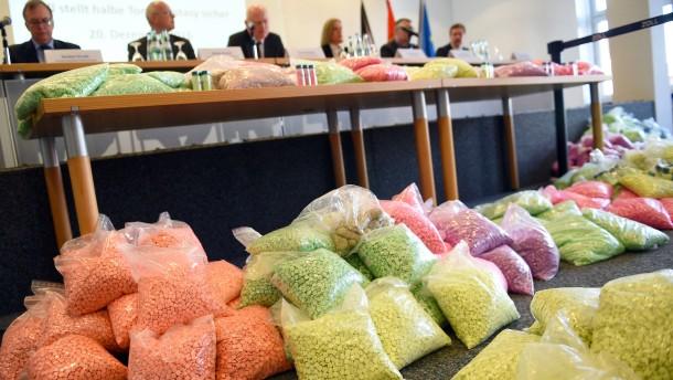 Zoll stellt 1,3 Millionen Pillen Ecstasy sicher