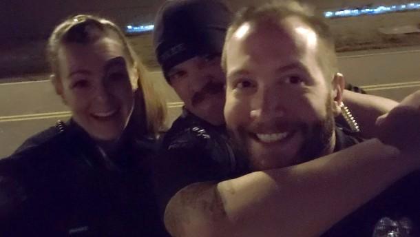 Polizisten nach Würgegriff-Bild gefeuert