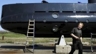 Erfinder Peter Madsen vor seinem U-Boot (Archivfoto)