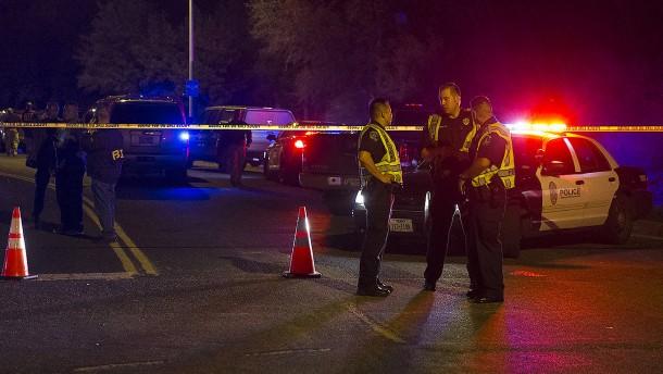 Zwei Verletzte nach weiterer Paket-Explosion