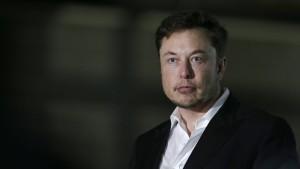 Höhlentaucher will Tesla-Chef Elon Musk verklagen
