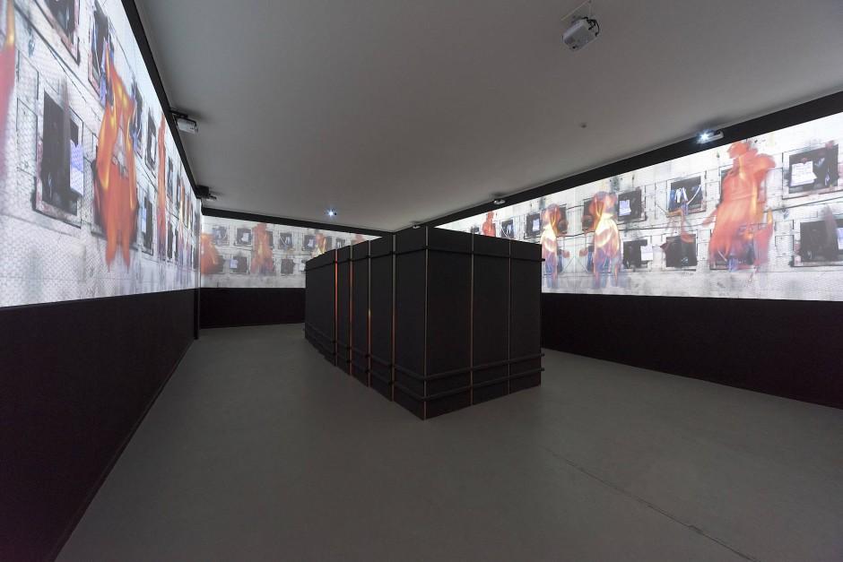 Beklemmende Atmosphäre: Das Gefühl von Angst lässt den Gast in der Ausstellung nicht mehr los.