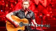 Sänger Peter Maffay spielt bei der Generalprobe in der Sparkassen-Arena in Kiel.