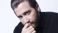 """Jake Gyllenhaal ist der Sohn des Regisseurs Stephen Gyllenhaal und der Produzentin Naomi Foner. Bekannt ist er aus Filmen wie """"Donnie Darko"""" (2001) und """"Prince of Persia"""" (2010)."""
