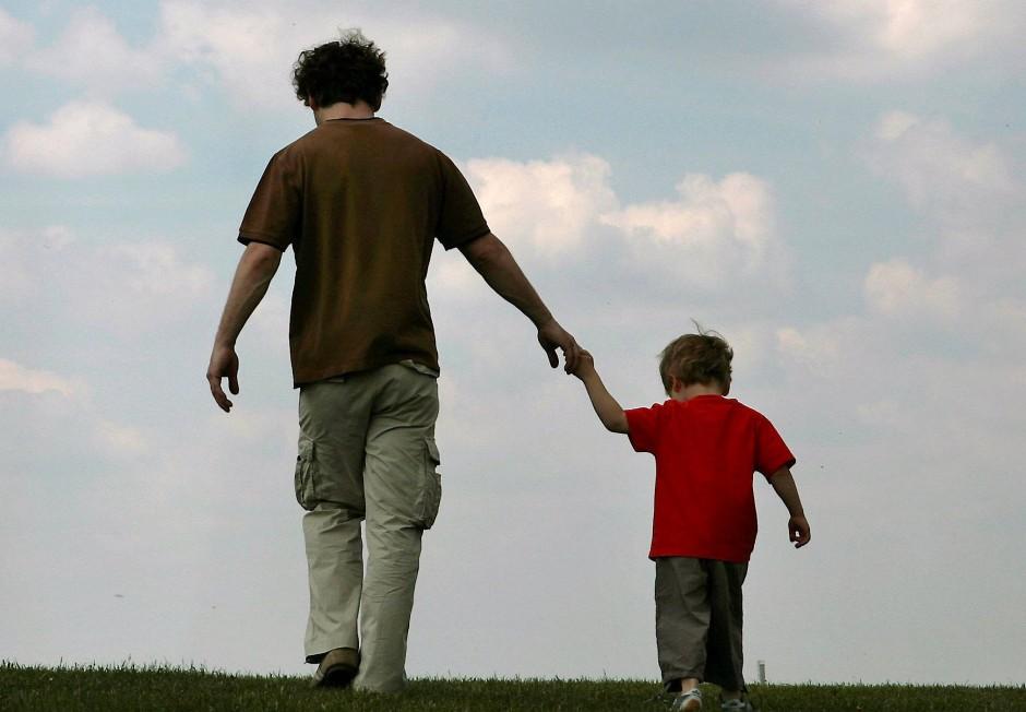 Mit oder ohne Vater aufgewachsen? So eindeutig ist es bei Martin Schünke nicht. Eigentlich hat er vier Väter, doch keiner ist so wirklich für ihn da.