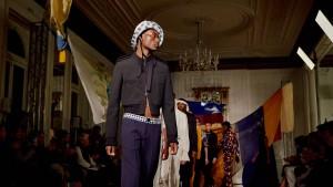 Modische Visionen von der kulturellen Zukunft Afrikas