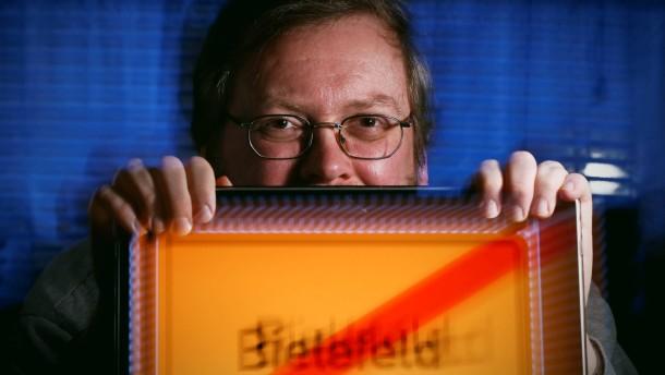 Bielefeld-Verschwoerung entstand vor 20 Jahren auf einer Studentenparty