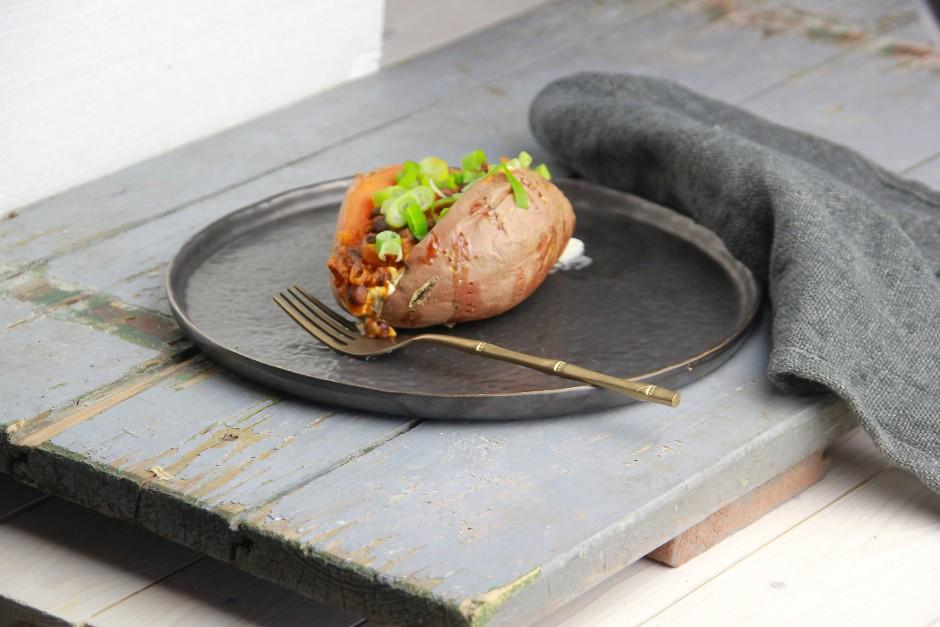 Mit Pilzen oder Bohnen: küchenchaotische Ofenkartoffel.