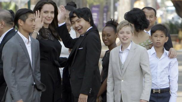 Jolie muss Pitt mehr Kontakt zu Kindern ermöglichen