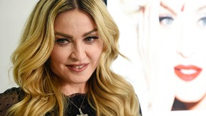 Instagram zensiert Madonnas Verschwörungstheorien