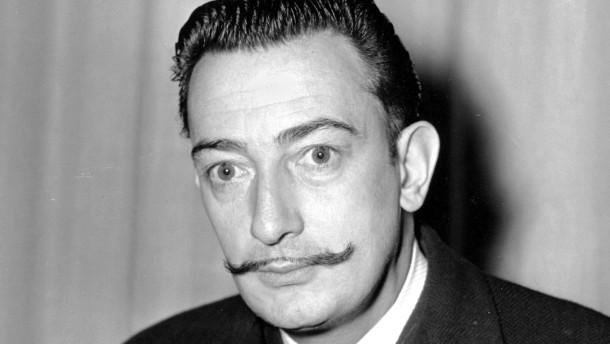 Leichnam von Salvador Dalí exhumiert