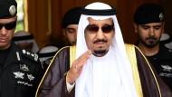 Hat genug von Frankreich: Nach einer Petition gegen seine Sonderwünsche verlässt der Saudische König Salman sein Feriendomizil an der französischen Mittelmeerküste.