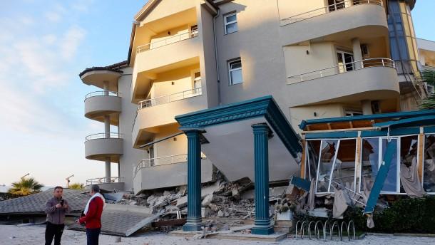 EU aktiviert nach Erdbeben in Albanien Katastrophenschutz