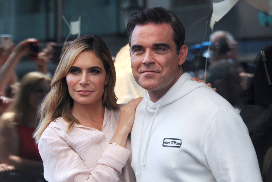 Konnten aus dem brennenden Hote entkommen: Der britische Sänger Robbie Williams (44) und seine Frau, die US-Schauspielerin Ayda Field (39).