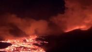 Aktiver Vulkan auf der Halbinsel Kamtschatka