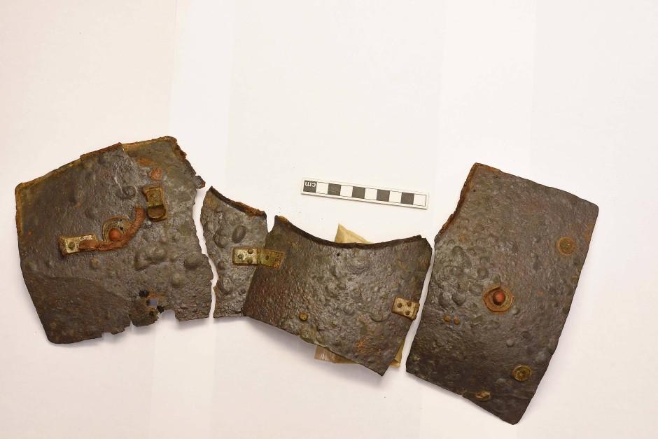 Sensationsfund des Jahres 2018: Teile eines fast vollständig erhaltenen römischen Schienenpanzers