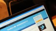 Twittern während der Arbeitszeit: Das sollte verboten sein, finden die Chefs in der IT-Branche