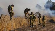 Israel feuert zurück