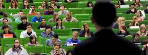 Einen Hörsaal voller Studenten zu fesseln ist nicht leicht. Ein Absolventenmagazin hat nun zum neunten Mal jene Professoren gekürt, denen es zu gelingen scheint.