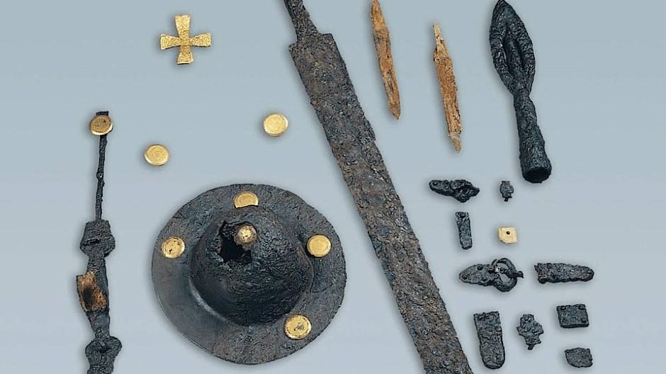 Rüstet euch zum letzten Kampf, tapfere Nordmänner! - Funde aus Grab 53 in Collegno.