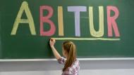 Unterm Strich kommen bei der Bewertung von Abiturleistungen sehr unterschiedliche Ergebnisse heraus.