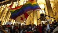 Unterstützer der LGBT-Bewegung in Georgien