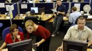 Darf der Arbeitgeber mit Bildern von Mitarbeitern werben?