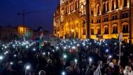 Um Wissenschaftsfreiheit wird nicht nur in Ungarn gekämpft. Bild von einem Protestmarsch in Budapest.