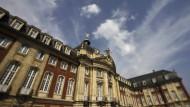 Blick auf das Fürstbischöfliche Schloss, seit 1954 Sitz und Wahrzeichen der der Westfälischen Wilhelms-Universität.