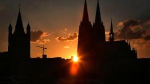Köln steigt in die Spitzengruppe auf