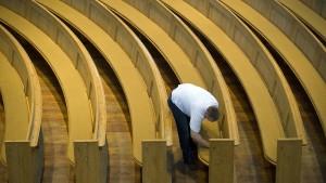P.R. Havener stattet Kirchen in ganz Europa aus