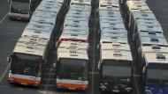 In Telekommunikationund Verkehr wird kräftig eingestellt