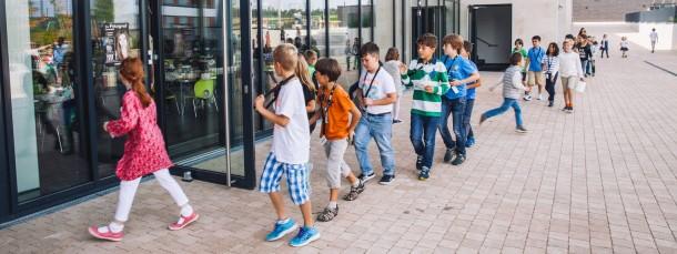 Zugang für alle: Früher besuchten nur Kinder von europäischen Beamten europäische Schulen, nun sind alle willkommen, so wie hier an der Europäischen Schule RheinMain in Bad Vilbel.