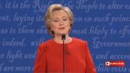 Hillary Clinton gibt sich als liebende Großmutter