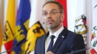 Hat sich etwas spät distanziert: Österreichs Innenminister Herbert Kickl (FPÖ).