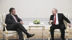 Putin diniert mit Gabriel und Schröder in seiner Residenz
