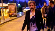 """""""Natürlich freue ich mich. Aber es bleibt etwas Bitteres zurück"""": Deniz Yücel nach seiner Freilassung in Istanbul"""