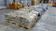 Fahnder entdecken drei Tonnen Marihuana