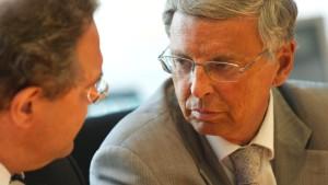Bosbach will Parlamentsbeauftragten für Geheimdienste