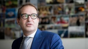 """Heftige Kritik an Dobrindt wegen Abkürzung """"Nafris"""""""