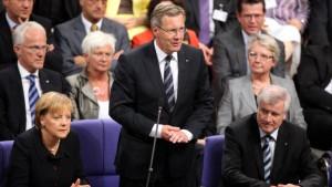 Sympathien für Wulff - Blamage für Merkel