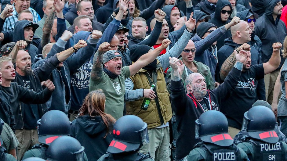 Demonstranten aus der rechtsextremen Szene im August 2018 in Chemnitz
