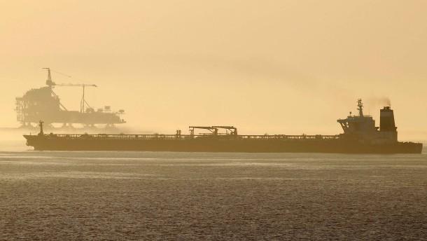 Iranischer Tanker nimmt Kurs auf Griechenland