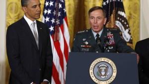Obama empfängt Petraeus