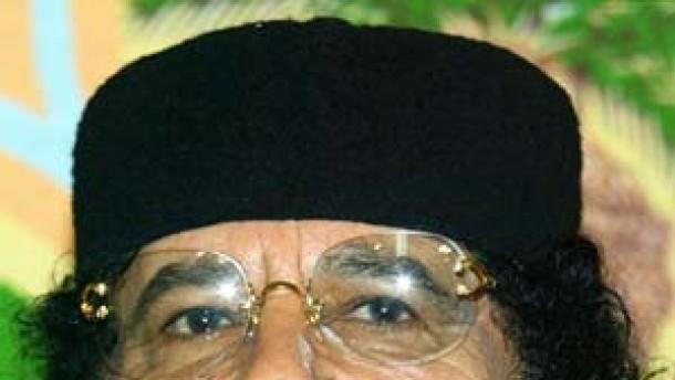 EU beendet Waffenembargo gegen Gaddafi-Regime