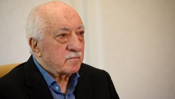 Anklage Putschversuch: Trump sagt Auslieferung Gülens zu