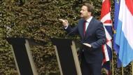 Luxemburgs Ministerpräsident Xavier Bettel bestritt die Pressekonferenz am Montag allein.